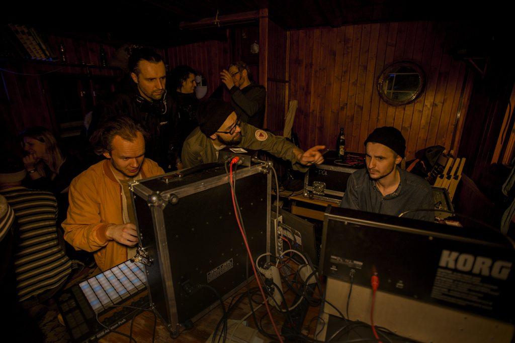 DJ NIGHT - Kumor / Julian Kulczyński / Topcut - liveset - Piknik na falach Odry - Statek Kultury // fot. Piotr Wręga